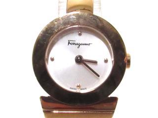 Salvatore Ferragamo〈サルヴァトーレ・フェラガモ〉clock
