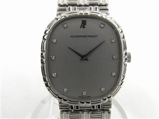 AUDEMARS PIGUET 〈オーデマ・ピゲ〉 Diamond dial watch