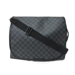 LOUIS VUITTON 〈ルイヴィトン〉 Daniel MM shoulder bag