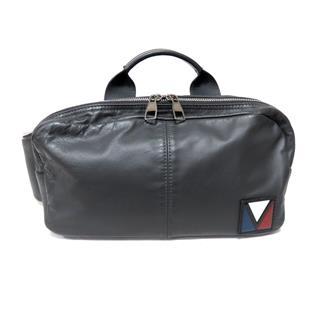 LOUIS VUITTON〈ルイヴィトン〉Fast V-line crossbody Waist Bag