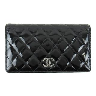CHANEL 〈シャネル〉 Enamel ZIP long bi-fold wallet