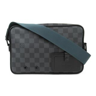 LOUIS VUITTON 〈ルイヴィトン〉 Alpha Messenger Shoulder Bag