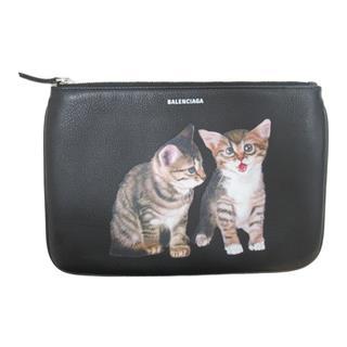 BALENCIAGA〈バレンシアガ〉Pouch cat print