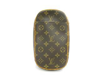 LOUIS VUITTON〈ルイヴィトン〉Pochette Gange Crossbody Bag