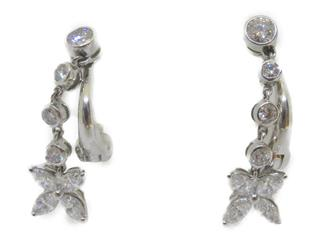 TIFFANY&CO 〈ティファニー〉 Victoria earrings diamond