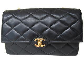 CHANEL〈シャネル〉matelasse shoulder bag