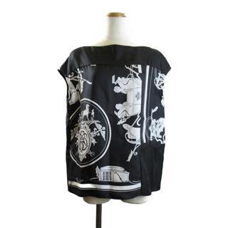 HERMES〈エルメス〉sleeveless blouse