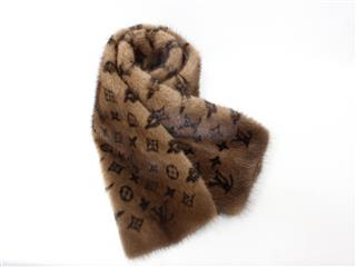 LOUIS VUITTON 〈ルイヴィトン〉 Efficial Puzon Muffler