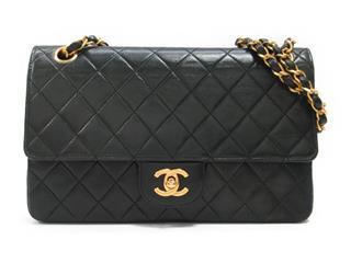 CHANEL〈シャネル〉Matelasse W Flap Chain Shoulder Bag