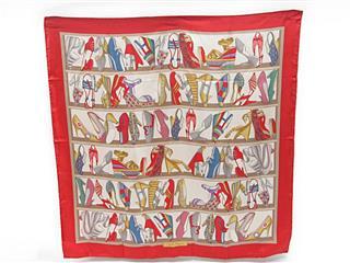 Salvatore Ferragamo〈サルヴァトーレ・フェラガモ〉Large Scarf scarves