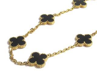 Van Cleef & Arpels〈ヴァンクリーフ&アーペル〉Onyx 10 motif necklace