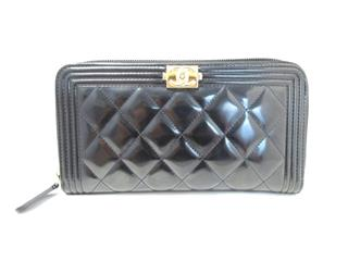 CHANEL 〈シャネル〉 Boy Chanel Round Wallet