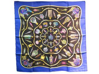 HERMES〈エルメス〉Carres 90 Scarf
