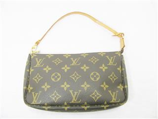 LOUIS VUITTON 〈ルイヴィトン〉 Pochette Accessories Pouch
